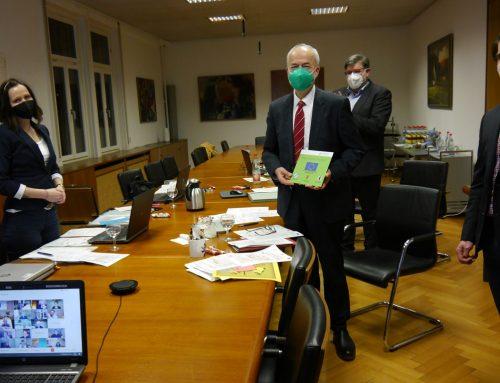Landrat Reumann wird zum LEADER-Projekt